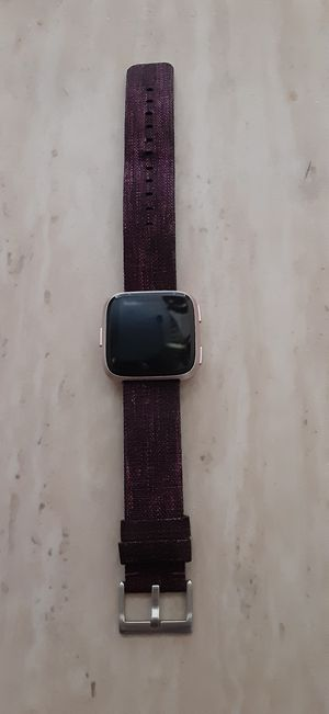 Fitbit versa for Sale in Las Vegas, NV
