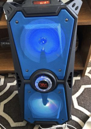 Stereo Sound Bluetooth Speaker (LED Lights With Remote) for Sale in Philadelphia, PA