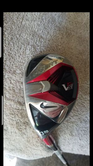 LEFT HANDED! EXCELLENT CONDITION! NIKE VRS GOLF CLUB 20 DEGREE HYBRID for Sale in Grand Prairie, TX