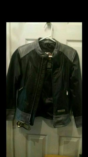 Women's extra small Harley-Davidson Black and Grey Leather Jacket- will trade for new air conditioner or almost new with absolutely no mold in it. for Sale in Franklin, NJ