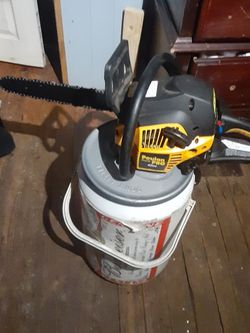 Poulan Pro 42cc Chain Saw for Sale in Clarksburg,  WV