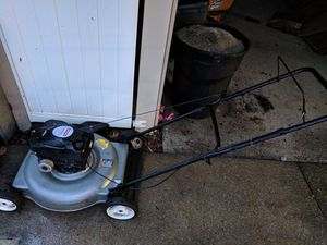 Gas lawn mower, Craftsman 550 for Sale in Pittsburgh, PA