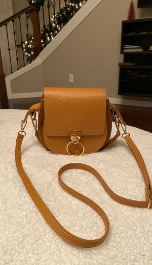 Crossbody bag for Sale in Vancouver, WA