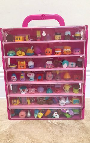 Shopkins set with Carrying Case for Sale in Hollywood, FL