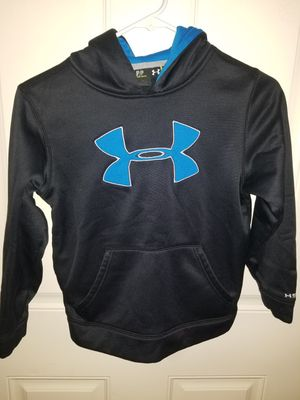Under Armour Youth Size Small PULLOVER Hoodie Excellent Condition for Sale in Taylor, MI
