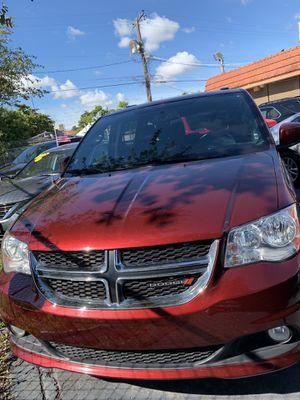 Dodge Grand Caravan SXT Minivan 3,6 liter for Sale in Miami, FL