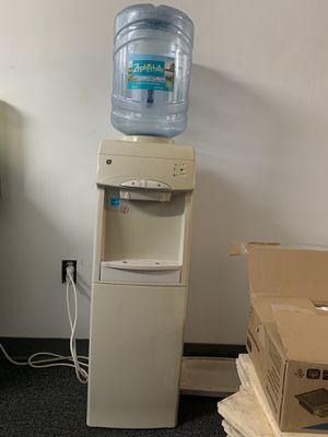 Water dispenser for Sale in Fort Lauderdale, FL