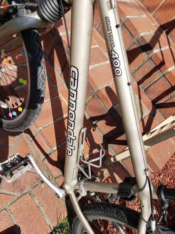 Cannondale silk trail 400 bike