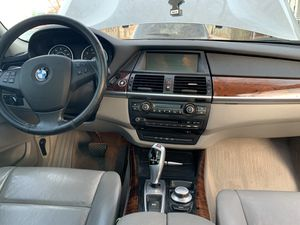 Bmw x5 2007 4.8i v8 sport Awd for Sale in Cleveland, OH