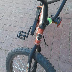 Bike COBRA QWEST 20inch Good Tirs And New tube Weark Perfect for Sale in Phoenix, AZ