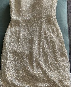 White Sequin Mini Dress- Size 4 ! Worn Once! for Sale in San Diego,  CA
