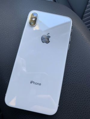 iPhone X, Does not turn on, selling for parts for Sale in Fremont, CA