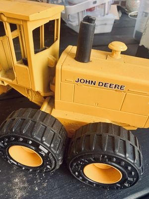 "Vintage John Deere Collectible 22"" Motor Grader 722 / Die-Cast, Large Toy for Sale in Angier, NC"