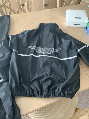 Harley Davidson rain suit size medium for Sale in Clarksville, MD