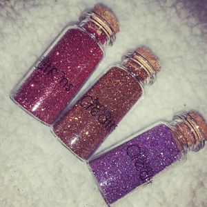 Glitters for eyes for Sale in Reedley, CA