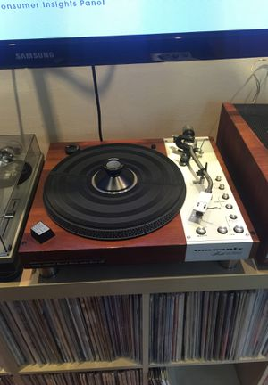 Marantz 6300 turntable for Sale in Chicago, IL
