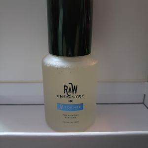 RaW Chemistry - pheromone perfume for females for Sale in Chino, CA