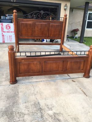 King Bed for Sale in Palm Bay, FL