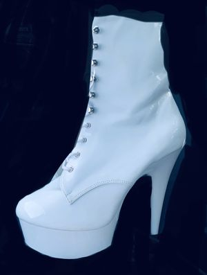 Pleaser platform boots size 10 for Sale in Anaheim, CA