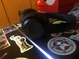 Beats Solo 3s wireless for Sale in Hughesville, PA