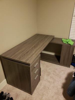 Nice corner desk for office from Nebrask furniture mart for Sale in Frisco, TX