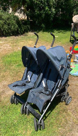 Double Stroller for Sale in Oceanside, CA