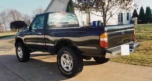 4X4 Toyota TACOMA 2001 / Great TRUCK with no issues for Sale in Alexandria, VA