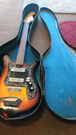 Tulip sunburst del rey electric guitar for Sale in Concord, CA