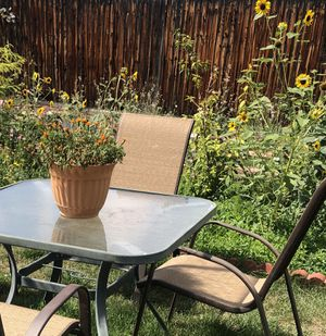 Patio table with 2 chairs for Sale in Littleton, CO