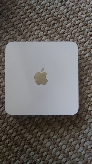 Apple Time Capsule 1-Bay NAS Server - o.oSATA 3Gb/s - 1 TB EE667439 for Sale in Rapid City, SD