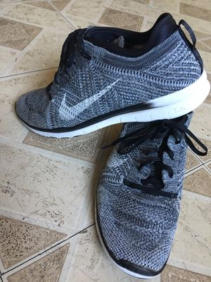 Woman Nike shoes size 9 for Sale in Tempe, AZ