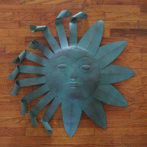 "23"" Metal Decorative Sun for Sale in Cudahy, CA"