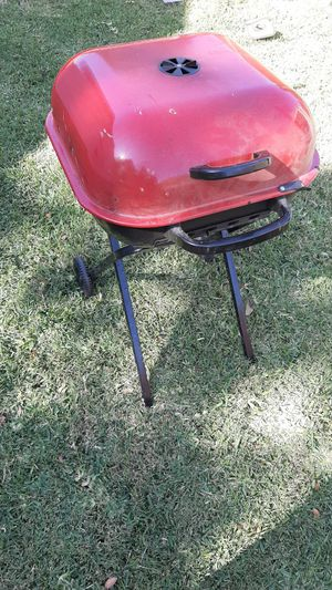Foldable bbq grill in good condition for Sale in Plano, TX