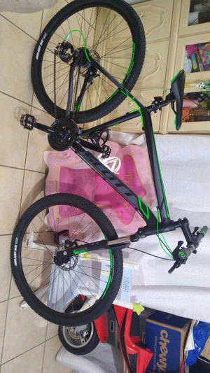 Bike for Sale in Pompano Beach, FL