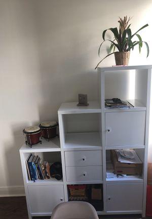 like new white bookshelf/room divider for Sale in Miami, FL