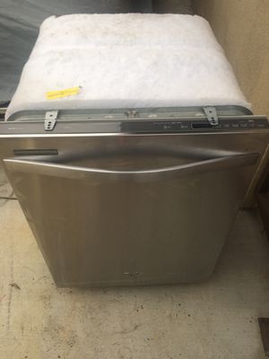 Whirlpool dishwasher for Sale in Glendora, CA