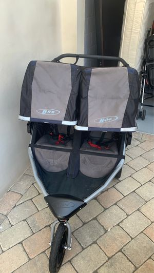 Bob double stroller with snack tray for Sale in San Diego, CA