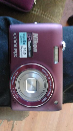 Nikon Coolpix s41000 digital camera for Sale in Lancaster, TX