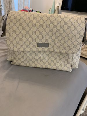 Gucci diaper bag like new for Sale in McKinney, TX