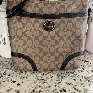 Coach Leather Crossbody Bag/Purse for Sale in Miramar, FL