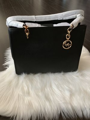 Michael Kors Sofia Large Tote Leather w/ Wallet for Sale in Falls Church, VA