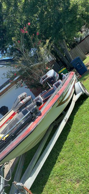 18ft Astroglass bass boat with xp150 v6! for Sale in Ocean Springs, MS