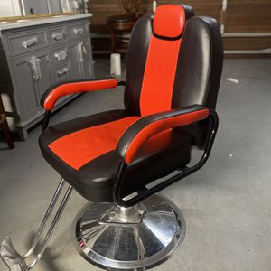 Barber Chair for Sale in Salem, OR