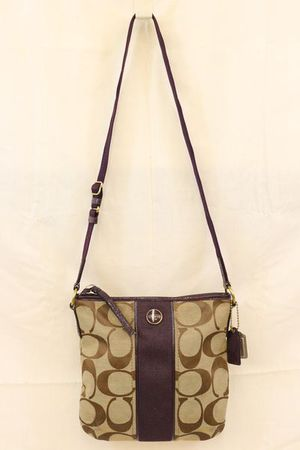 Coach Sig Canvas Patent Trim Duffle Crossbody for Sale in Chattanooga, TN