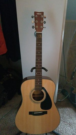 Yamaha guitar for Sale in NO POTOMAC, MD