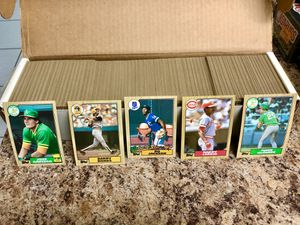 Baseball Cards - 1987 Topps Baseball Complete Set for Sale in Hialeah, FL