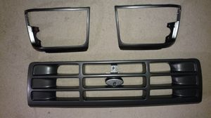 92-97 Ford grill/headlight bezels for Sale in Cheyenne, WY