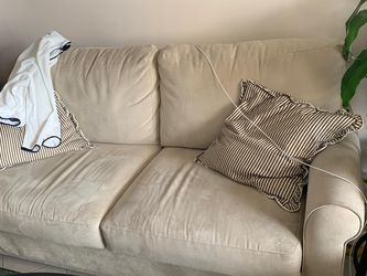 Suede Sofa Pull Out Bed for Sale in Miami,  FL