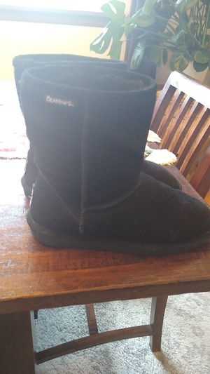 "Bearpaw ""UGG"" Boots Black for Sale in Everett, WA"