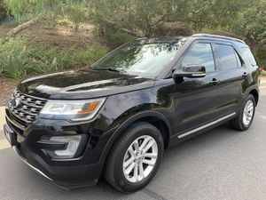 2016 Ford Explorer XLT ONE OWNER 58k mi NO ACCIDENTS FACTORY WARRANTY for Sale in Diamond Bar, CA